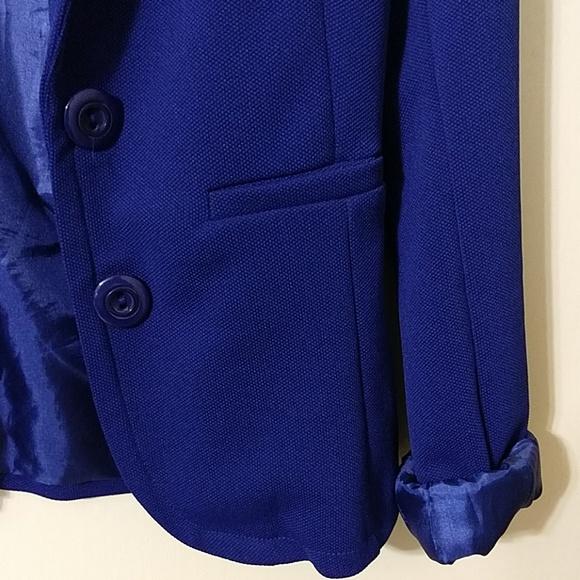 Swoon Boutique Jackets & Blazers - Women's Swoon boutique royal blue blazer